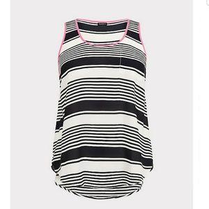NWT torrid sz 5x 28 black white stripe georgette